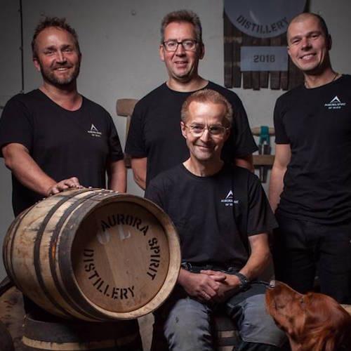 Alkoholsmaking hos Aurora Spirits Destilleri